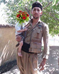 Zanest-Hassan-Nejad-avec-son-fils-iran