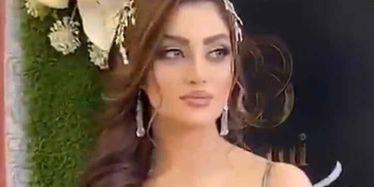 negociant-en-tissus-et-mannequins-arretes-Iran